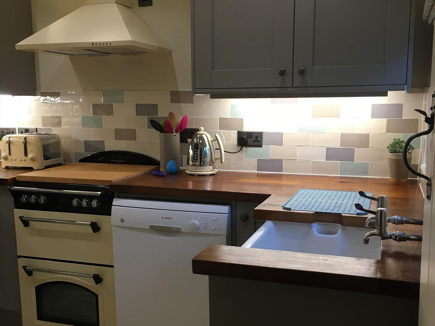 Kitchen, Dualit toaster, kettle, dishwasher, electric oven and hob @NorfolkCoastline